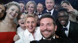 Una aparente naturalidad en la autofoto esconde una cuantiosa campaña publicitaria de Samsung en los Oscars